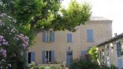 Chambre d'hotes Lou Cigalou bei Pernes-les-Fontaines, by: Castel Franc/ Provence