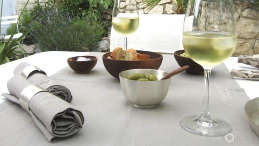Apéro in der Provence - mit den schönen Dingen von Castel Franc