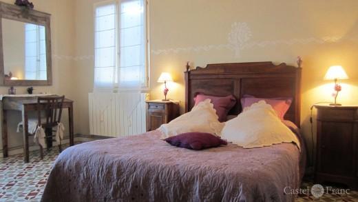 """""""Lou Cigalou"""", Pernes-l.F., Chambre Violette, Foto: Castel Franc, Provence"""