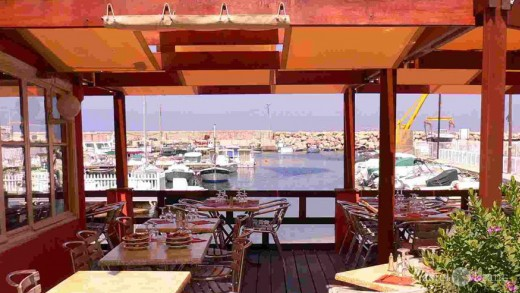 """Restaurant """"Au Bord de l'eau"""" in Marseille"""