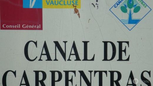 Hinweisschild zum Canal de Carpentras, Vaucluse