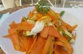 Kumquats auf einem Möhren-/Zucchini-Salat, by: Castel Franc Provence