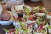 """Eric Sapet bei der Zubereitung von """"Kebab"""""""