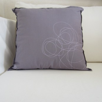 Kissen 45x45 cm, Farbe: lavendel; by: Castel Franc / Provence